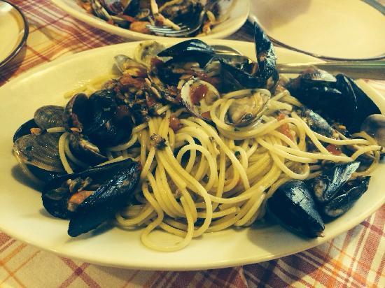 L'Arcobaleno : 第二款海鲜面,蛤蜊面