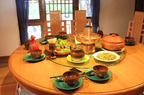 云雪丽风情餐厅(皇冠店)