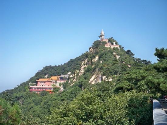 Mount Pan (Panshan) : 盘山挂月峰