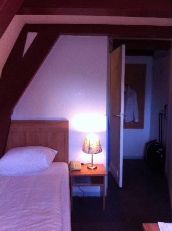 Rokin Hotel: Room 35