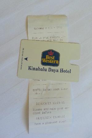 Kinabalu Daya Hotel: 每天要在lobby领取wifi 密码