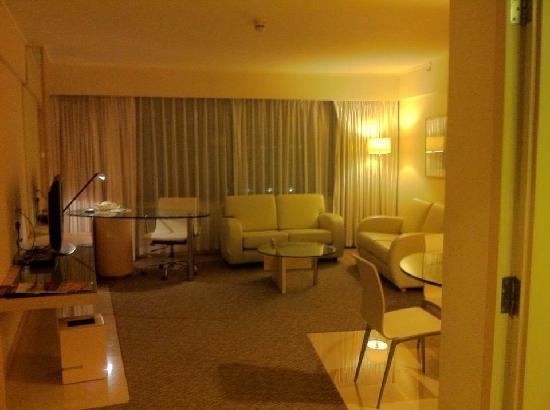 Regal Airport Hotel: 方便转机的酒店