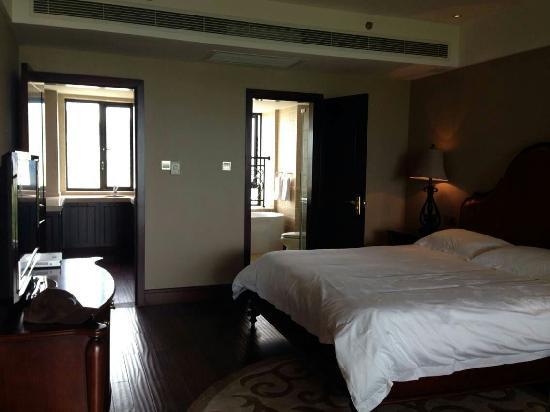 Lijing Hotel: 大床房