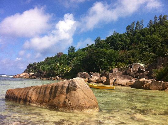 Kempinski Seychelles Resort: 蓝天白云海水,爱死