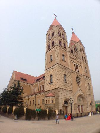 Qingdao Catholic Church: 大教堂