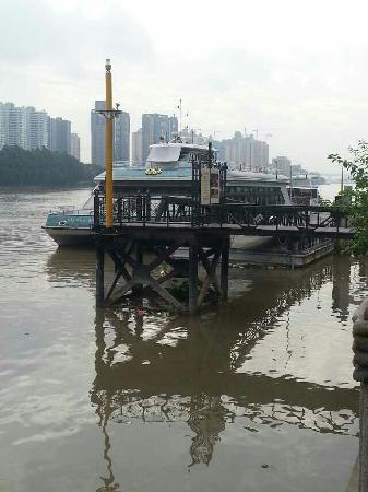 Pearl River (Zhujiang) : 小码头