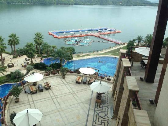 Hilton Hangzhou Qiandao Lake China : 游泳池