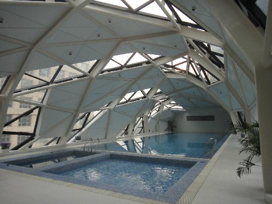 Ascott Raffles City Beijing: 游泳池