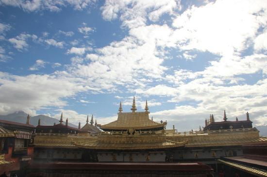 Tagong Temple (Lhagang Monastery) : 当地很大的寺院了