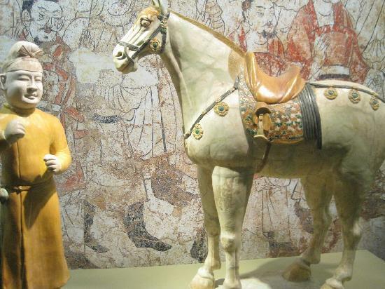 TangBo Art Museum: 艺术精品