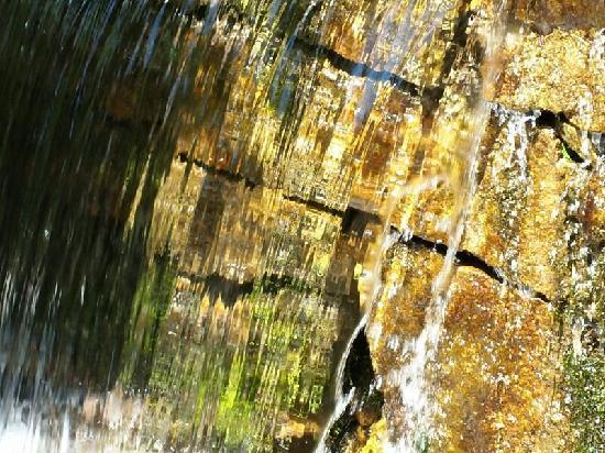 Yudushan Scenic Resort: 小瀑布