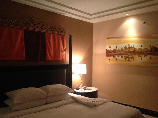 Hotel Luxury World: 大床