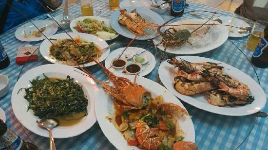 Dusit Princess Chiang Mai: 酒店楼下龙虾很便宜