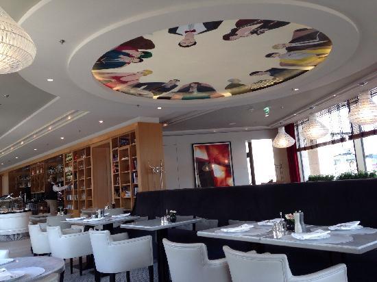 romanisches cafe fr hst ck bild von restaurant roca berlin tripadvisor. Black Bedroom Furniture Sets. Home Design Ideas