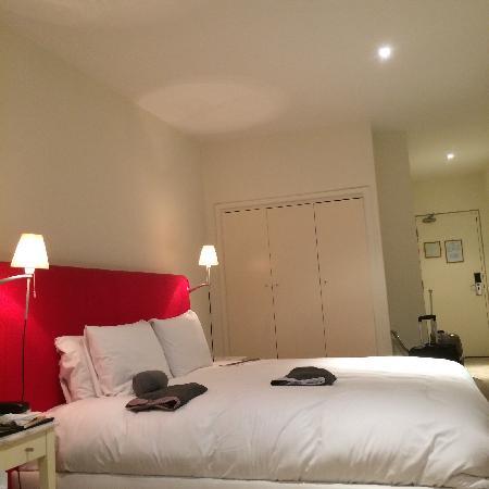 The Morgan: 酒店房间很大,里面的设施也不错,就是房间临街,晚上很吵!