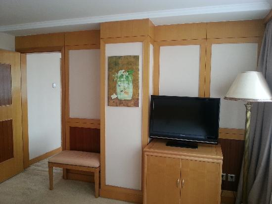 Guo'an Hotel: 套房卧室