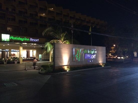 Holiday Inn Resort Phuket : 正门