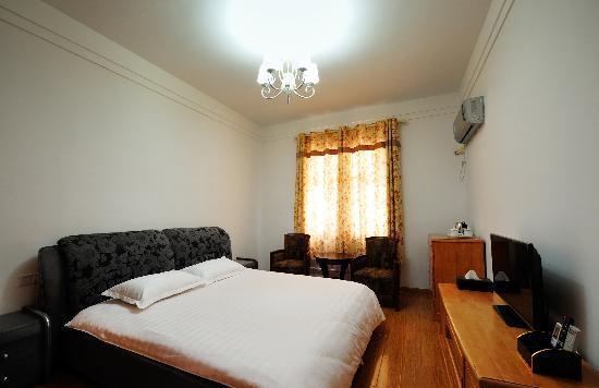 Tongtu Nongshe Guest House : 大床房