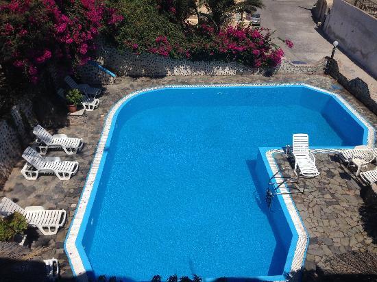 Hotel Porto Castello: 站在酒店三楼拍酒店泳池