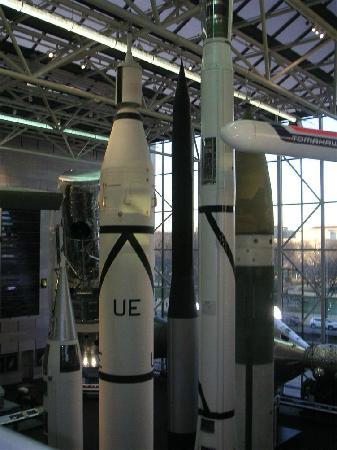 Museo Nacional del Aire y el Espacio: 美国国家航空和航天博物馆