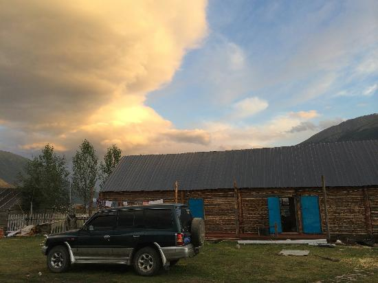 Kanas Lake Tuwa Village: 原始的图瓦村