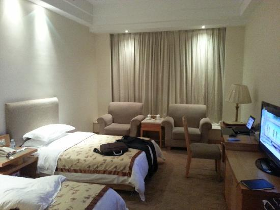 Pearl River Hotel: guest room