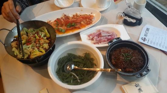 BaiLu Restaurant (LongYou Road)