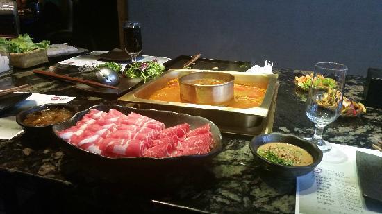 MeiZhou DongPo Restaurant (WangJia Du Hot Pot)