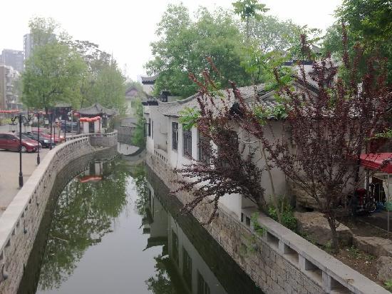 ChangHong FengQing Jie