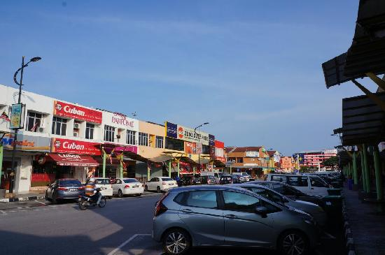 Zumba Langkawi: 瓜镇中心街景