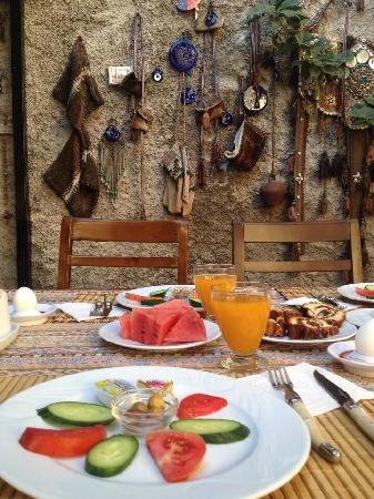 Tuncay Pension: 早餐