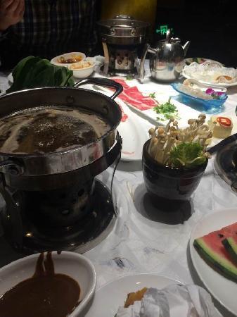 东方火锅(万达广场店)