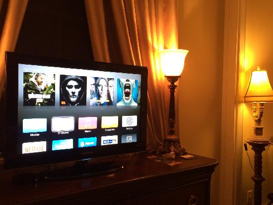 The Georgian Residence Luxury Boutique Suites: TV Program with APPLE BOX