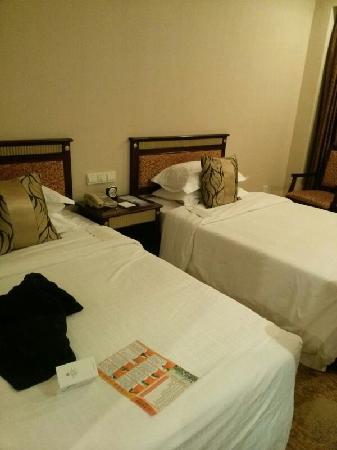 Shanghai Hotel: 上海宾馆标间