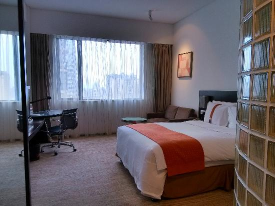 Holiday Inn Express Chengdu Gulou : 客房