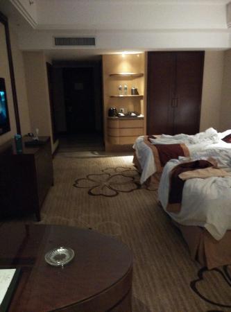 Fengdu Hotel