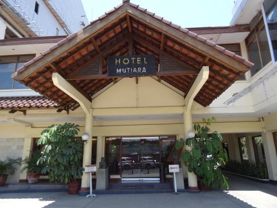 Mutiara Hotel: 外观