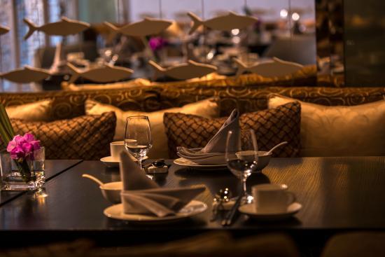 Wan Li Restaurant  (Renaissance Shanghai Caohejing Hotel)