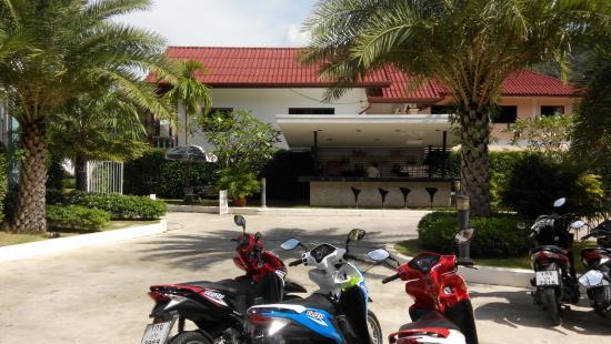 Blue Latan Restaurant