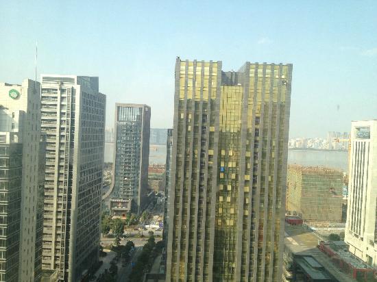 Checkool Service Apartment Hangzhou Xingguang: 北向可以看到钱塘江