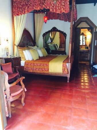 Tropicana Castle Resort : 大床