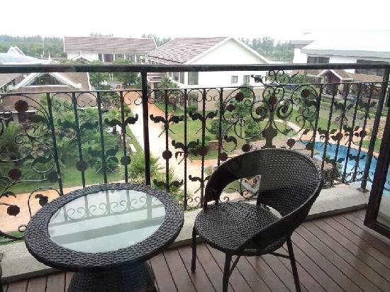 Balcony - Shanghai Zhigen Xuelanghu Resort: 阳台