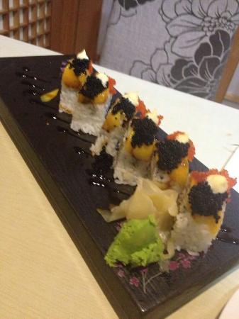 Yi Xi Sushi Theme Restaurant (HongYe)