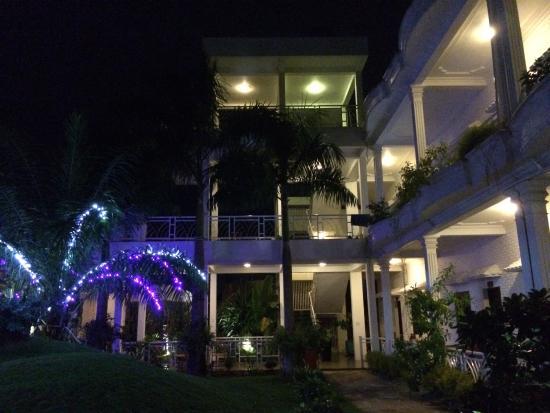 Lavita Hotel: 夜景