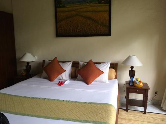 Alam Indah: 酒店房间