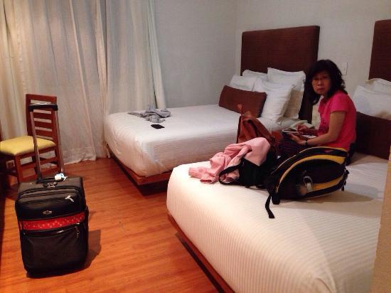 Hotel Suites Mexico Plaza: 超舒服的房間