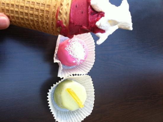 Arlequin Gelati: 抹茶脆皮 覆盆子葡萄冰糕