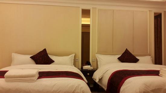 Private-Enjoyed Home Service Apartment Ningbo