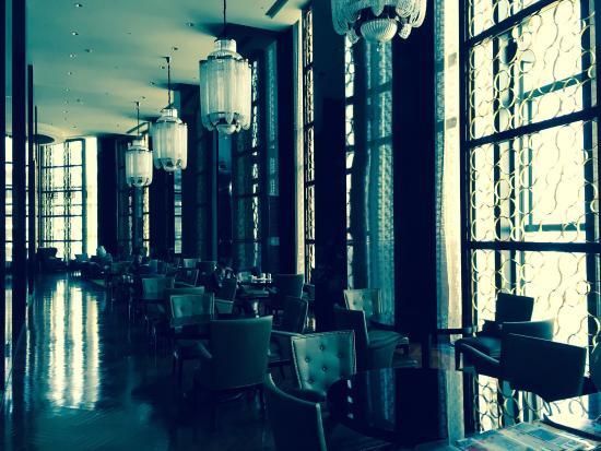 Sheraton Shanghai Waigaoqiao Hotel: 行政酒廊