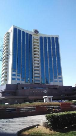 Asia Hotel: 外景